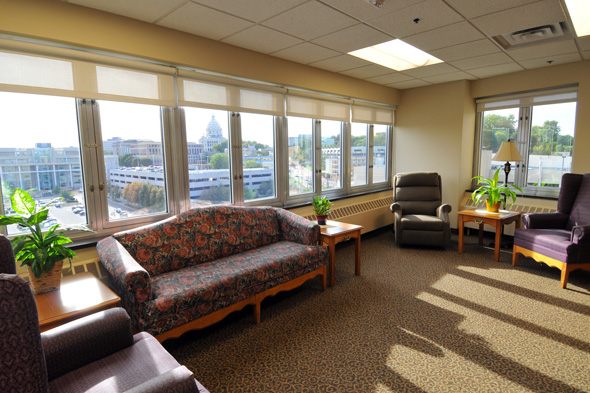 Regions Hospital - Capitol View Transitional Care Center - Picture of the capitol view lounge